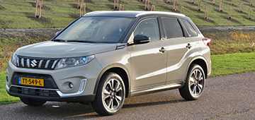 Rijden met Suzuki Vitara 1.4 Stijl
