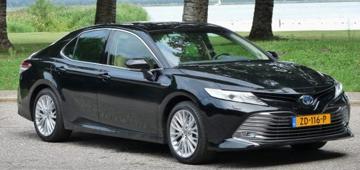 Rijden met Toyota Camry 2.5 Hybrid Premium