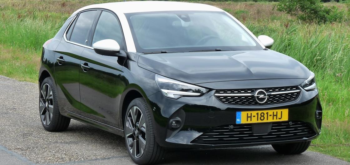 Rijden met Opel Corsa-e Elegance