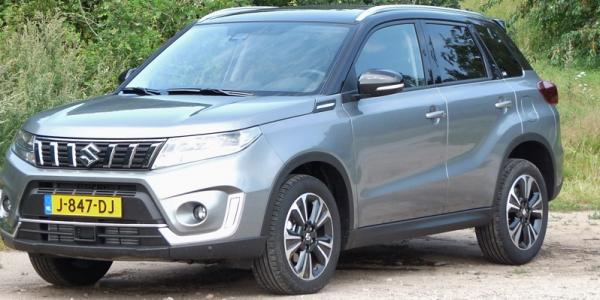 Rijden met Suzuki Vitara 1.4 Smart Hybrid