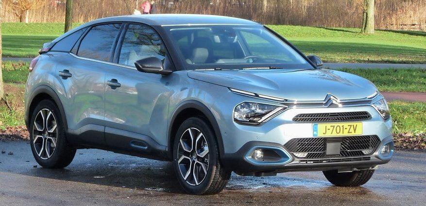 Rijden met Citroën ë-C4 Shine
